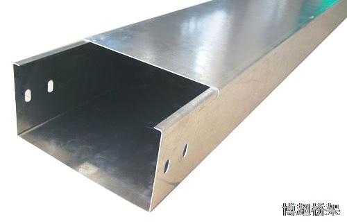 不锈钢槽式电缆桥架 机房封闭式电线桥架走线槽